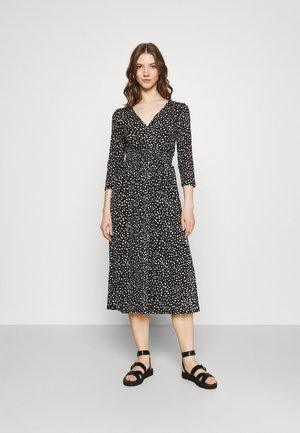 ONLPELLA DRESS - Jerseykleid - black