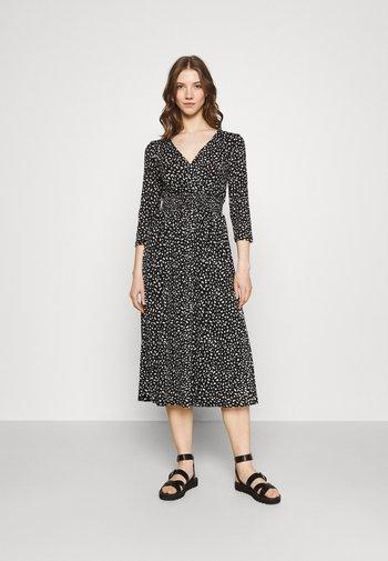 ONLPELLA DRESS - Jersey dress - black