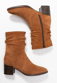 Tamaris - Classic ankle boots - muscat - 3