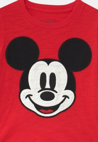 GAP - TODDLER BOY - Print T-shirt - pure red - 2