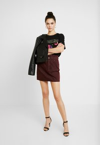 ZIGGY Denim - CINCH IT SKIRT - Denim skirt - wine - 1