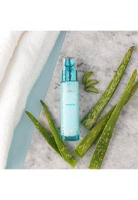 L'Oréal Paris - HYDRA GENIUS THE LIQUID CARE 70ML - Gesichtscreme - - - 3
