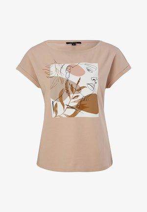 Print T-shirt - shell placed print face