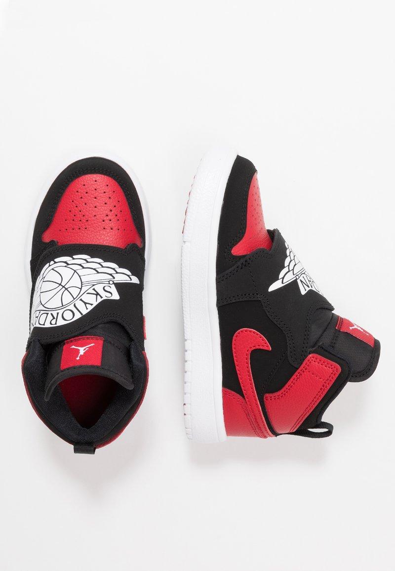 Jordan - SKY 1 UNISEX - Basketball shoes - black/white/gym red