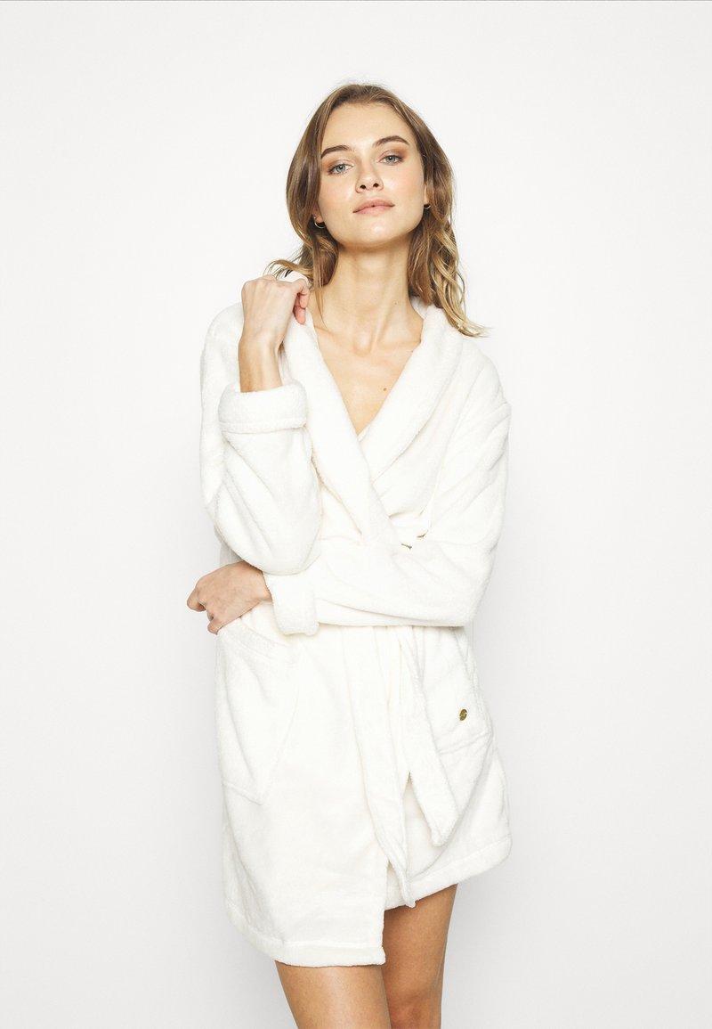 TOM TAILOR - XMAS BATHROBE - Dressing gown - white medium solid