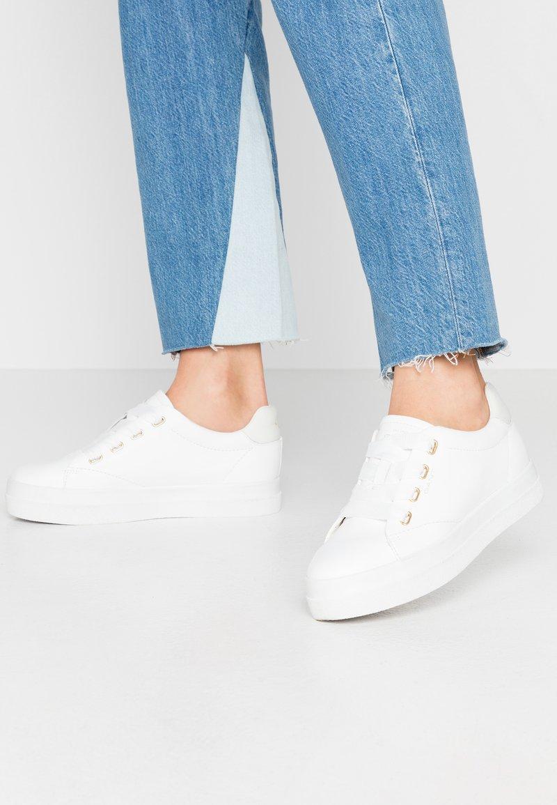 GANT - AVONA - Sneakersy niskie - bright white