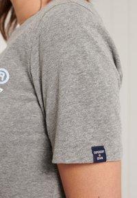Superdry - VINTAGE LOGO - Print T-shirt - dark marl - 1