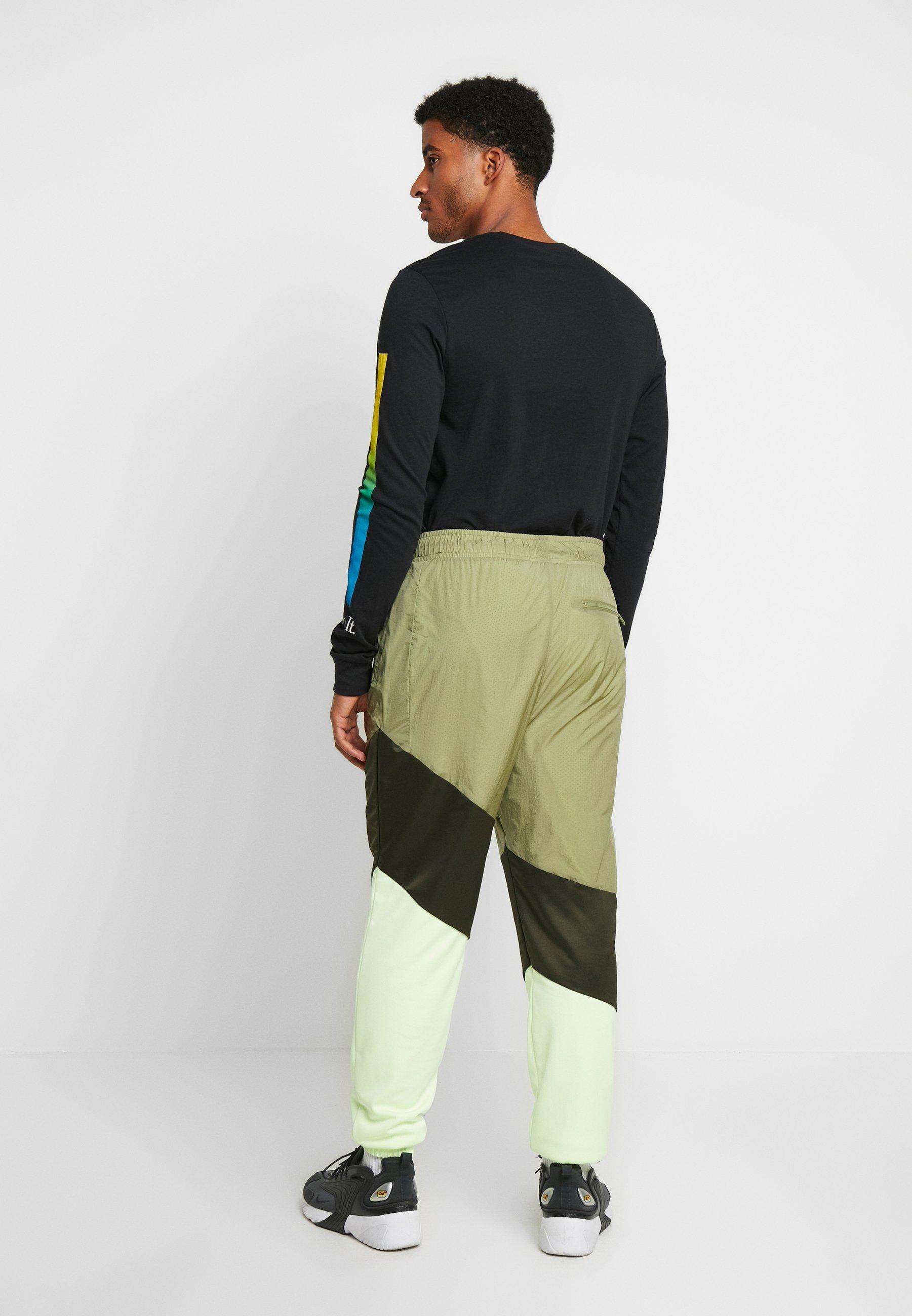 Jordan WINGS DIAMOND PANT - Tracksuit bottoms - thermal green/sequoia