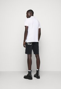 Versace Jeans Couture - ADRIANO LOGO - Polo - bianco - 2