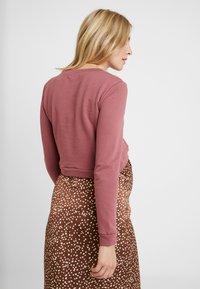 Glamorous Bloom - CROPPED - Sweatshirt - violet pink - 2
