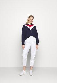 GAP - USA - Hoodie - navy uniform - 1