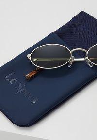 Le Specs - LOVE TRAIN - Sunglasses - bright gold - 3