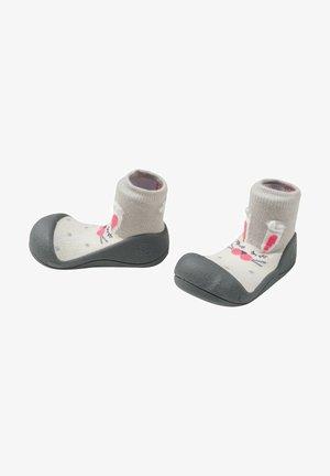 PRIMEROS PASOS PET - Zapatos de bebé - blanco