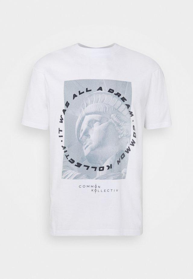 UNISEX LIBERTY TEE - Print T-shirt - white