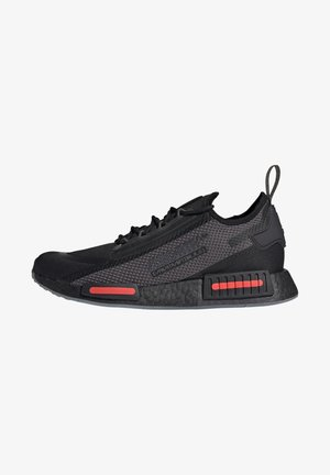 NMD_R1 SPECTOO UNISEX - Sneakers basse - core black/grey five/solar red