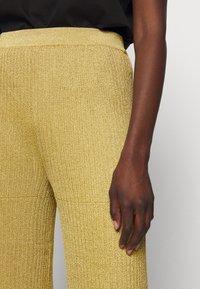 M Missoni - PANTALONE - Trousers - gold - 6