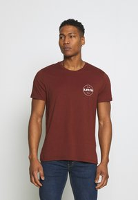 Levi's® - CREWNECK GRAPHIC 2 PACK - T-shirt med print - madder brown/caviar - 3