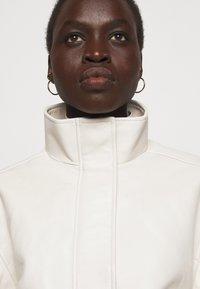 Proenza Schouler White Label - LIGHTWEIGHT DRAWSTRING WAIST JACKET - Leather jacket - ecru - 3