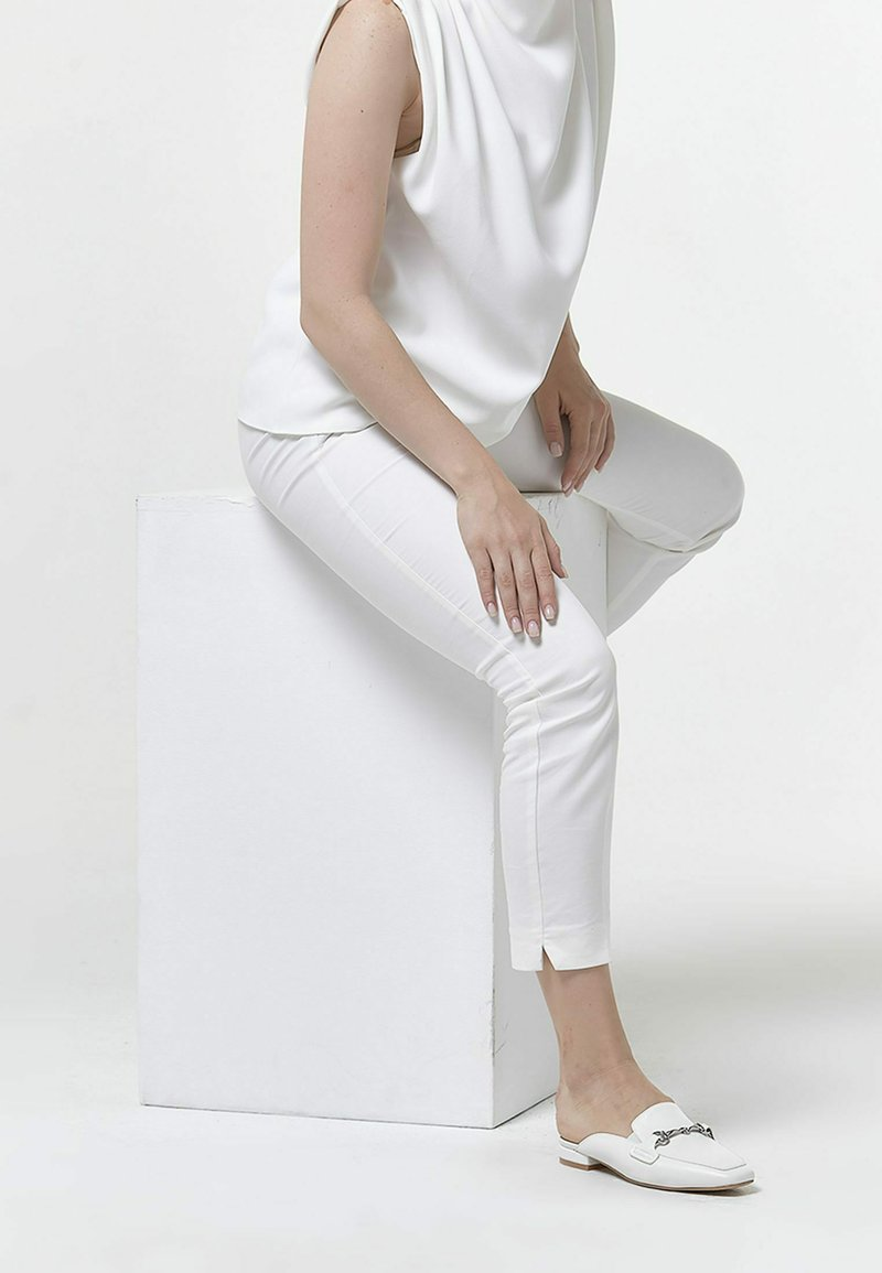 Betsy - Mules - white