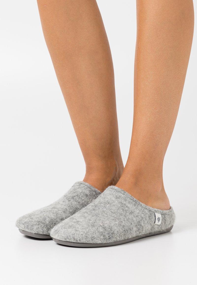 Marc O'Polo - HANNA - Slippers - light grey