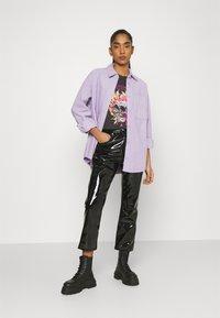 Monki - Button-down blouse - purple solid - 1