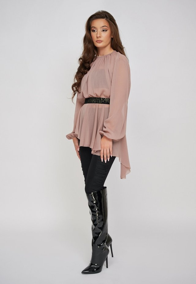 THE SARA GATHERED CHIFFON ASYMMETRIC  - Blouse - pink