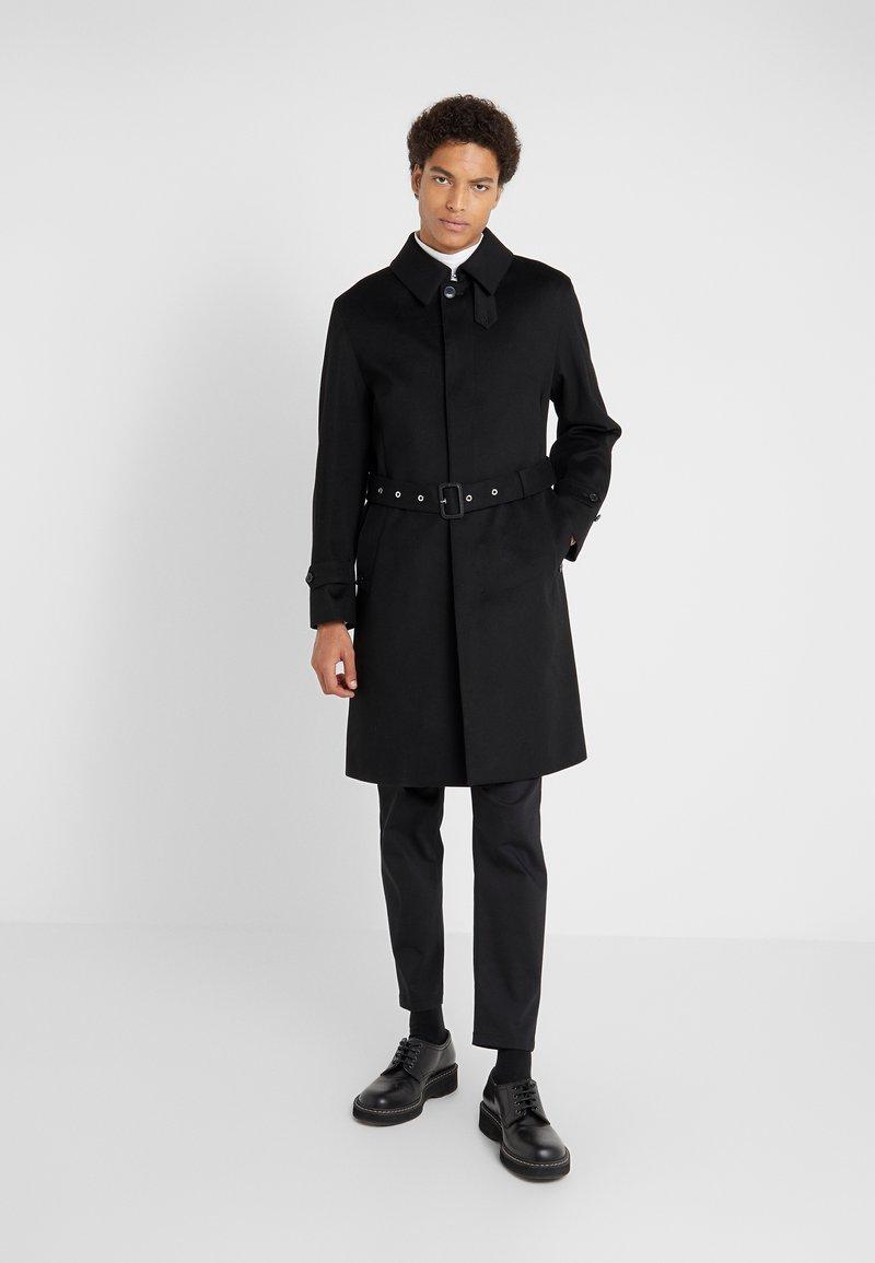 Mackintosh - DOWNFIELD - Trenchcoat - black