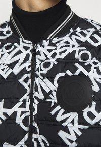 Michael Kors - PUFFER BASEBALL - Bomber Jacket - black - 6