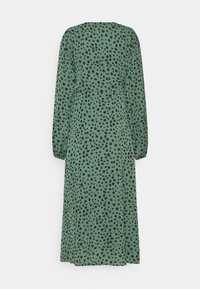 Missguided Tall - V NECK SMOCK DRESS DALMATIAN - Day dress - green - 1