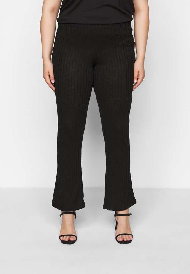 PCSKYWEN FLARED PANT - Trousers - black