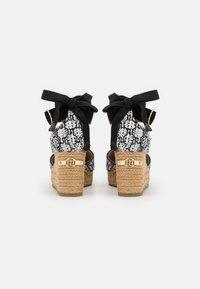 River Island - Platform heels - white - 3
