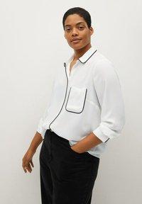 Violeta by Mango - PIPING - Button-down blouse - biały - 0