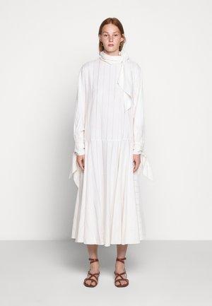 BELLIDA - Denní šaty - cream snow