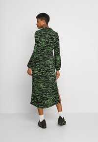 Vero Moda - VMMELLA COLLAR DRESS - Maxi dress - black - 2