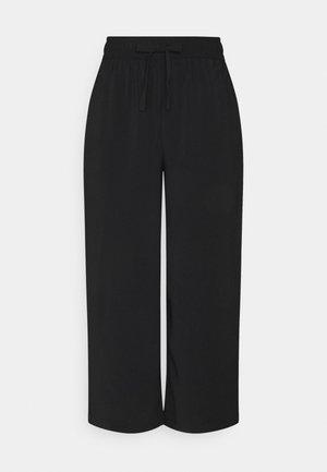 ONLCILLE STRING CULOTTE - Pantalon classique - black