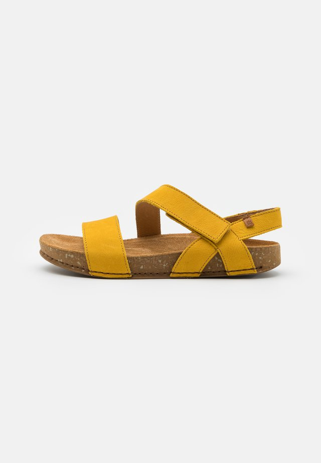 BALANCE - Sandaalit nilkkaremmillä - curry