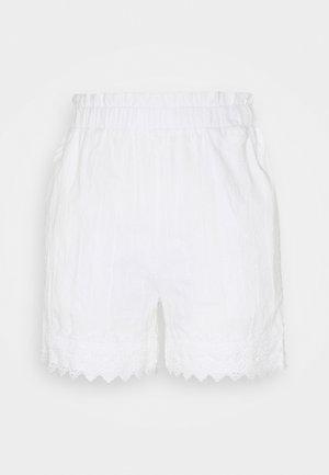 YASELINORA - Shorts - eggnog