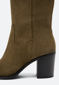 Uterqüe - High heeled ankle boots - brown - 2