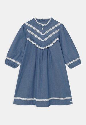 ROBEA - Denimové šaty - bleu chambray