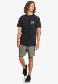 Quiksilver - SLOW WAVES - Print T-shirt - black - 1