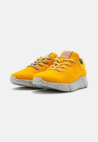 Laerke - Trainers - ark yellow/ grey - 4