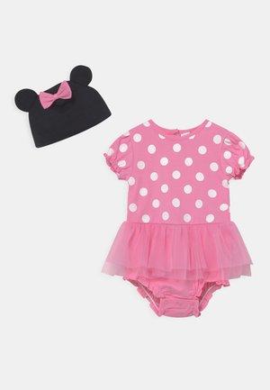 SHORT  - Print T-shirt - sachet pink