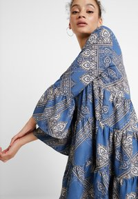 ONLY - ONLDIANAATHENA 3/4 DRESS - Day dress - blue horizon - 4