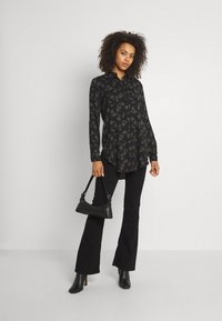 b.young - BYJOSA LONG - Button-down blouse - black - 1