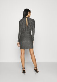 Gina Tricot - AMBER DRESS EXCLUSIVE - Cocktailkjoler / festkjoler - silver - 2