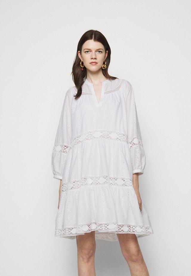 IPANEMA SUMMER DRESS - Korte jurk - white