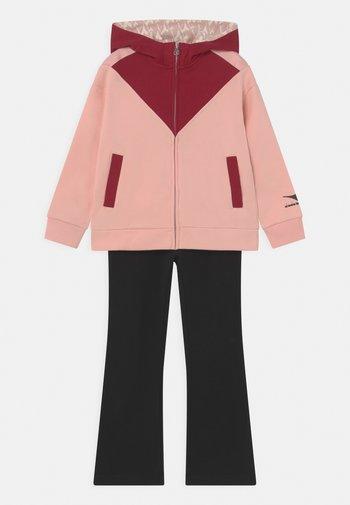 TWINKLE SET UNISEX - Tracksuit - veiled pink