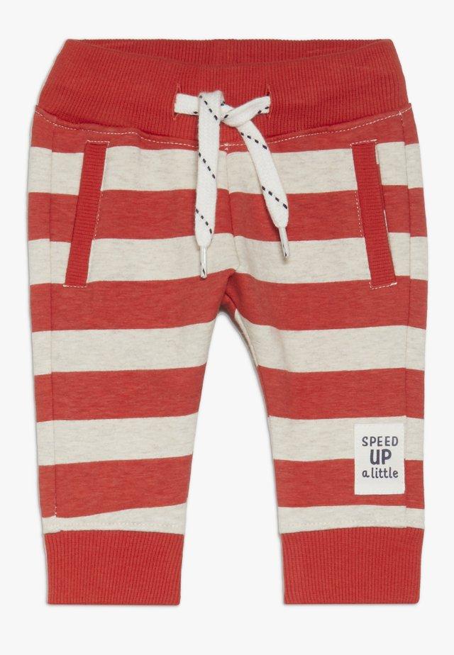 REGULAR FIT PANTS ARROYO GRANDE - Kangashousut - red