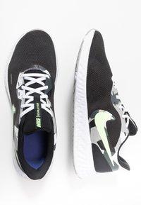 Nike Performance - REVOLUTION 5 - Zapatillas de running neutras - black/white/ghost green/sapphire/dark smoke grey/light smoke grey - 1