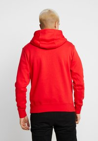 Nike Sportswear - CLUB HOODIE - Bluza z kapturem - university red/white - 2